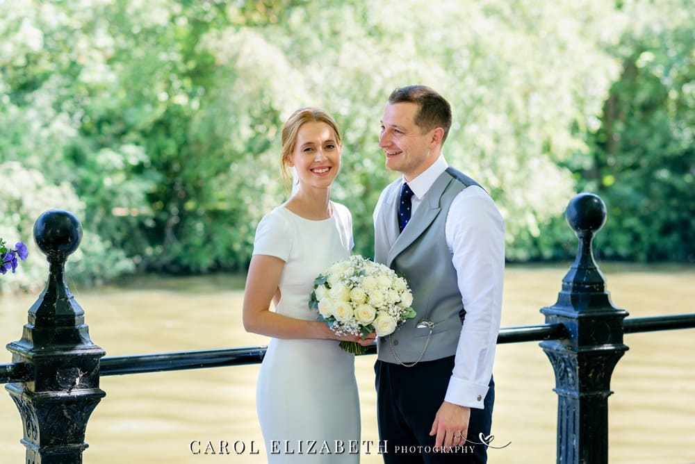 Abingdon wedding photography by Carol Elizabeth Photography