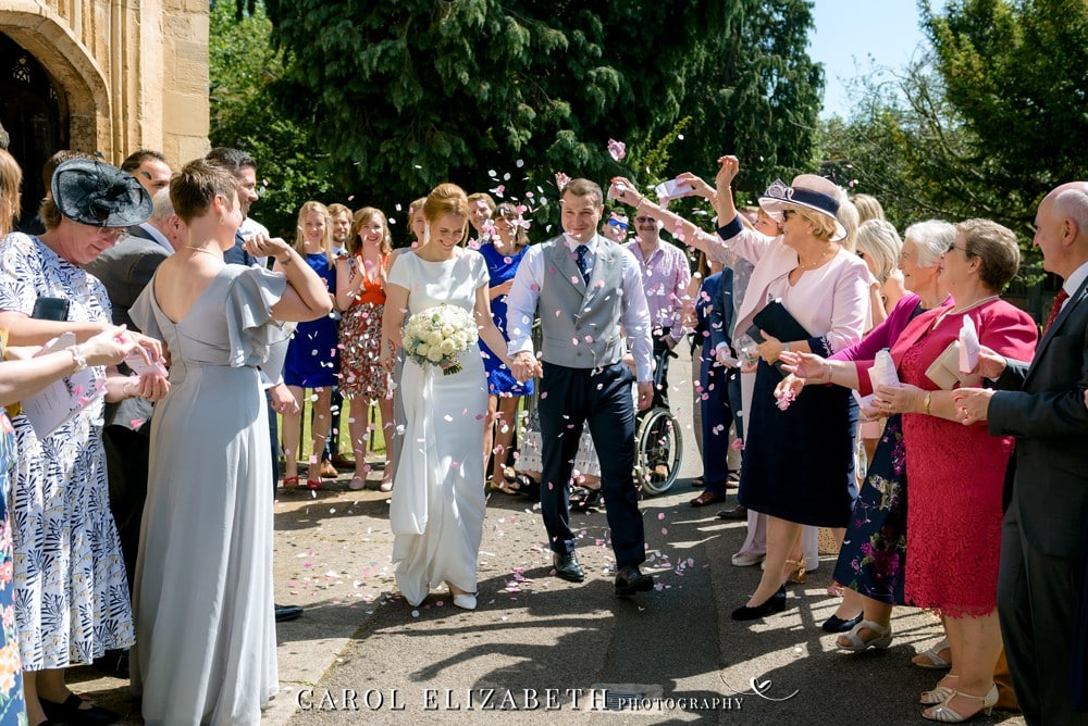 Professional Abingdon wedding photography with a relaxed style