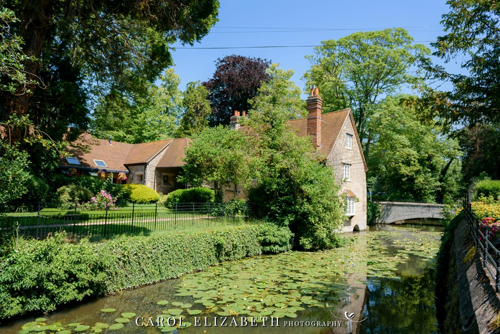 Coseners House wedding venue with riverside in Abingdon