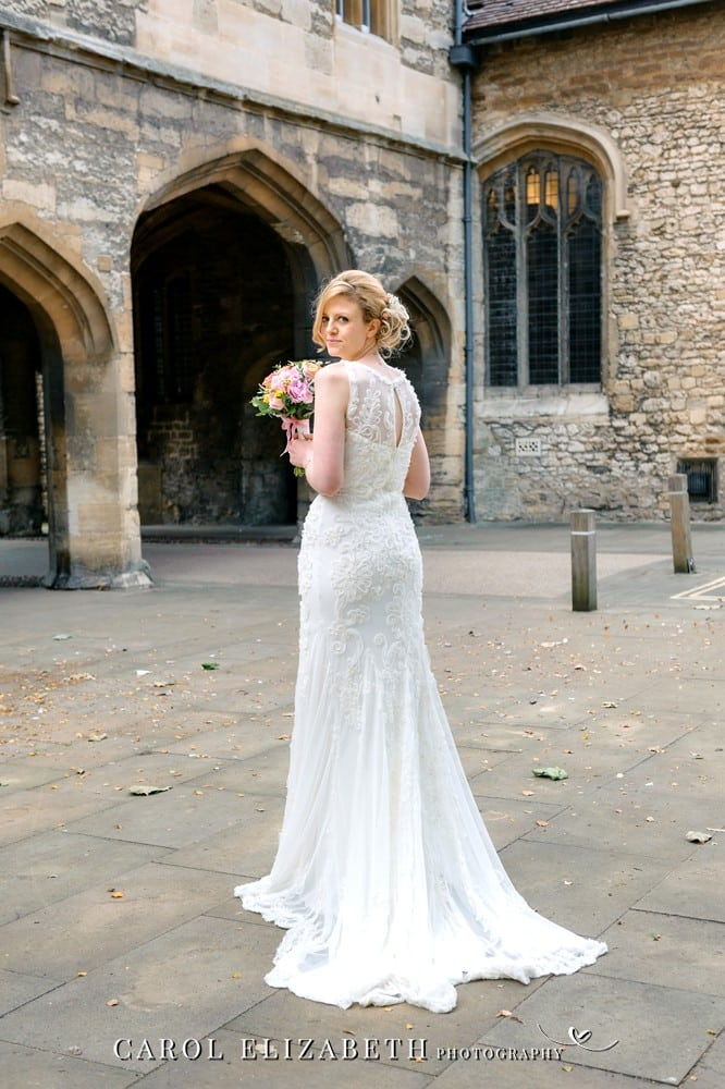 Abingdon Guildhall wedding photographer in Oxfordshire