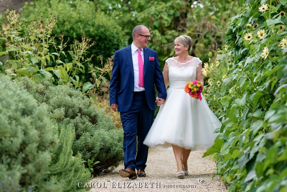 Le Manoir wedding photographer in Oxfordshire - professional Abingdon wedding photographer