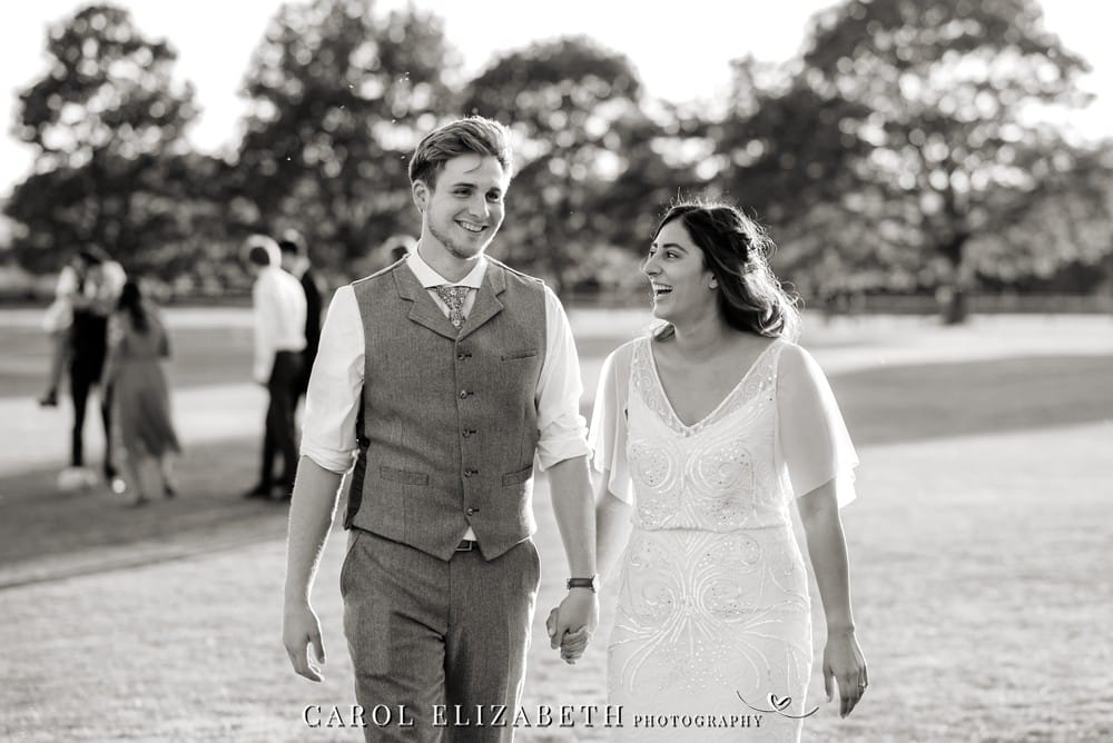 Carol Elizabeth Photography provides informal wedding photography in Oxfordshire and Berkshire