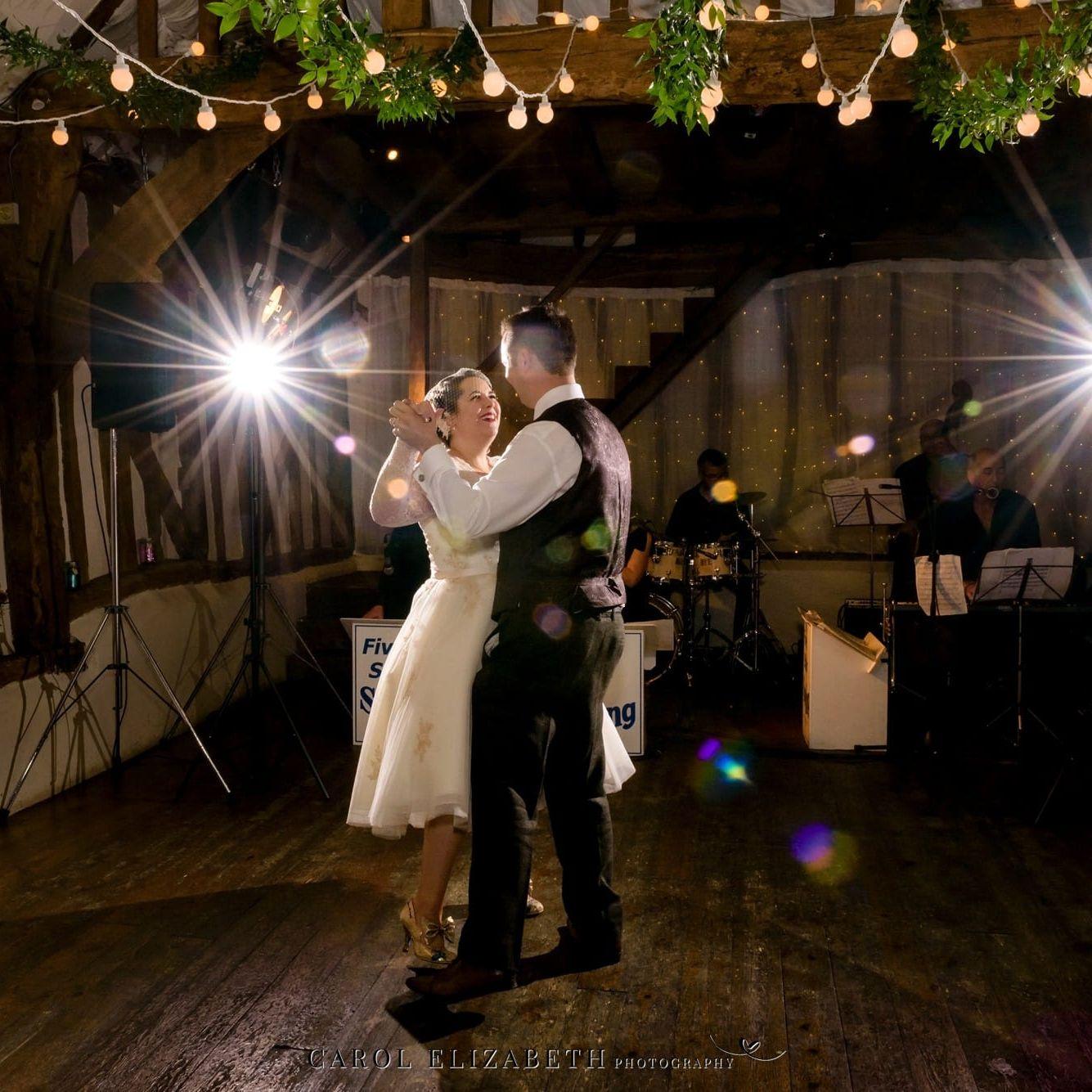 Old Luxters Barn wedding photography