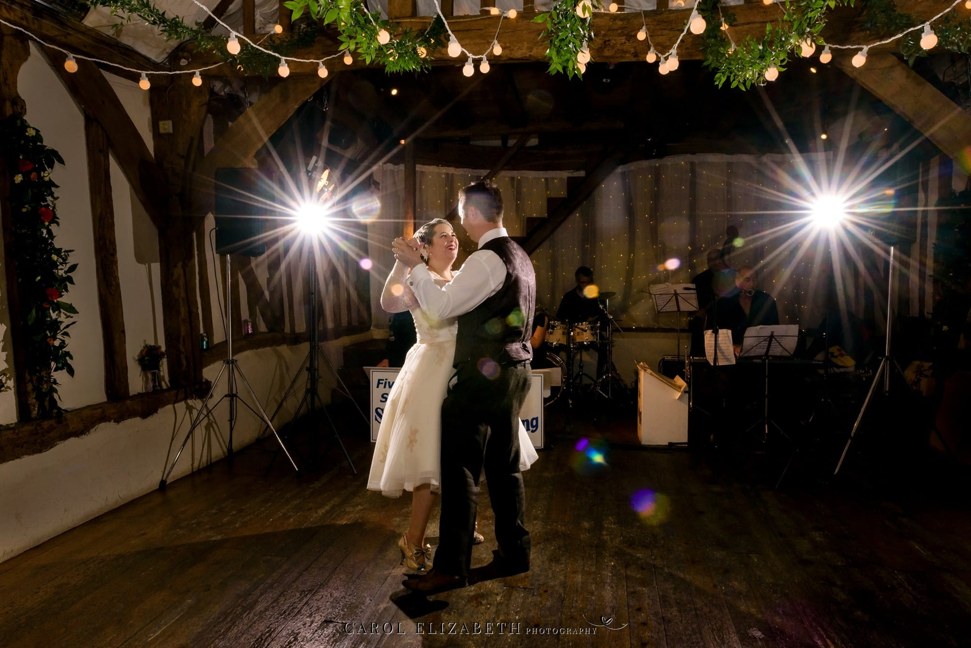 Old Luxters Barn wedding photography