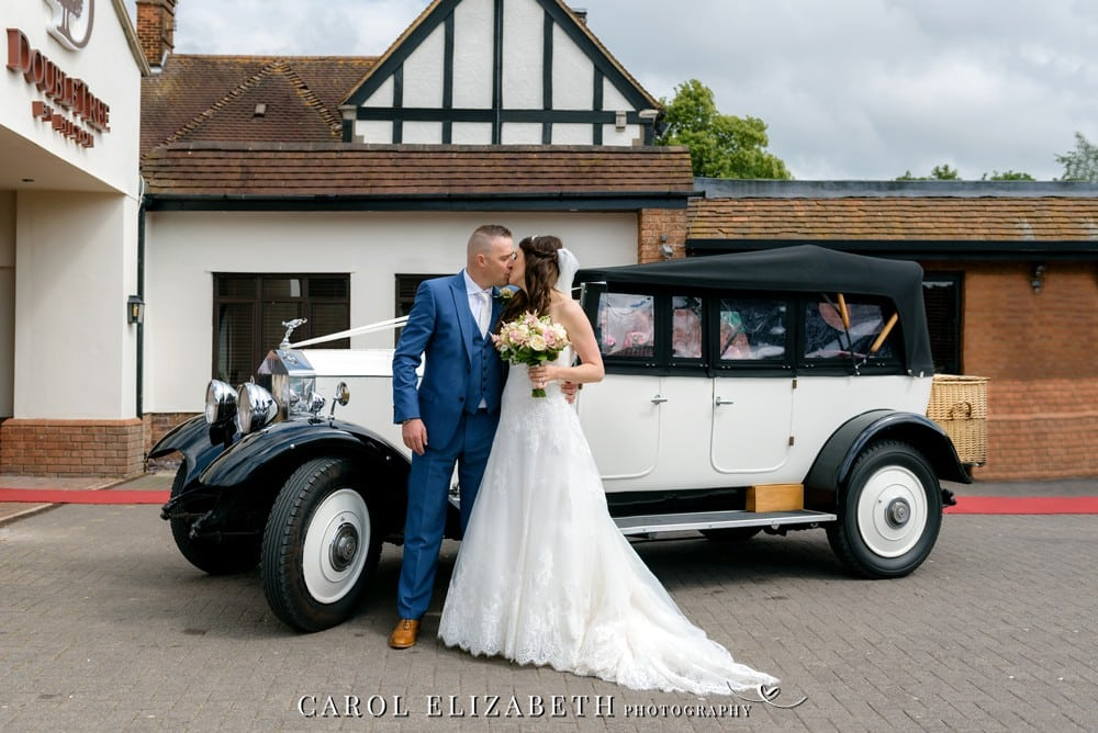 Doubletree Hilton Oxford Belfry wedding photography in Oxfordshire